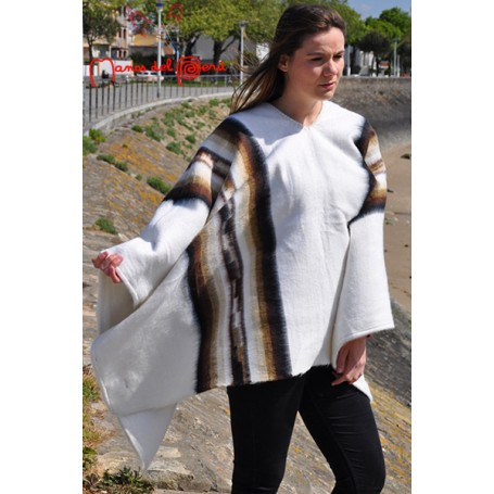 Poncho blanc en laine